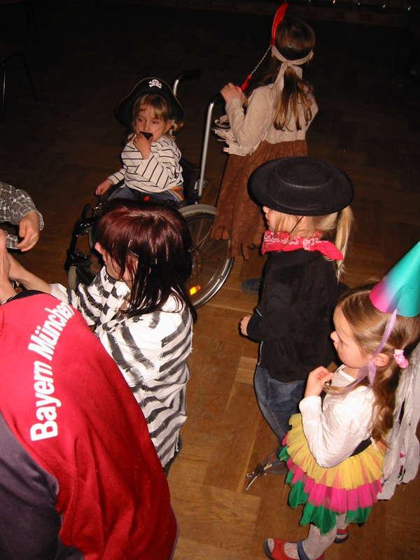 kinderfasching2003-06
